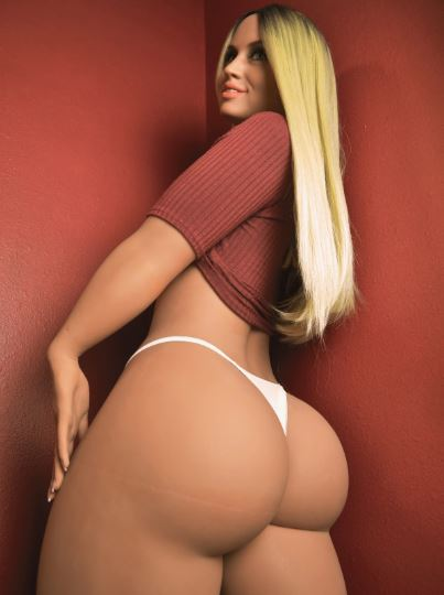 Sex doll Gabriella posing her butt