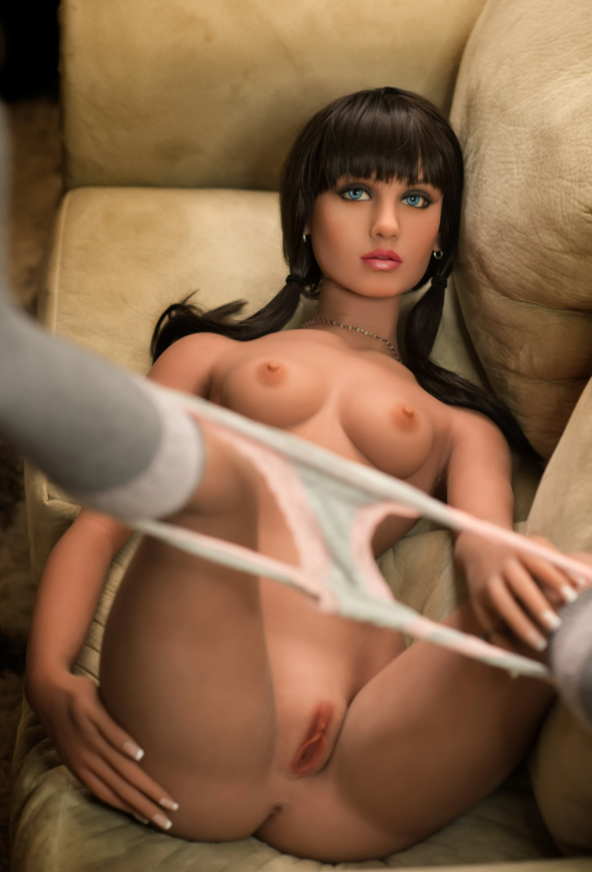 Olivia Tan Sex Doll